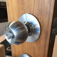 Heavy Duty, Entrance Knob set, Stainless Steel, 60 mm, with Key, cylindrical, push-lock